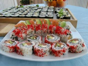 Роллы суши