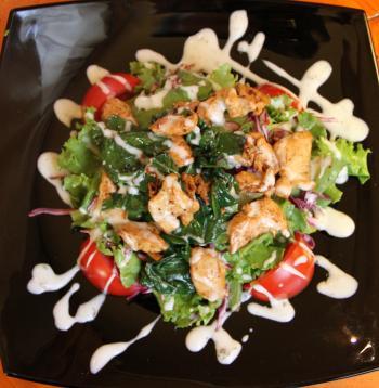Салат с грудкой куриной