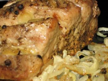 Свинина запеченная в фольге
