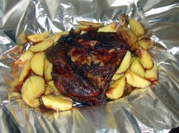 Запеченный картофель в духовке в фольге