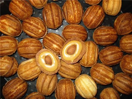 Рецепт орешков со сгущёнкой