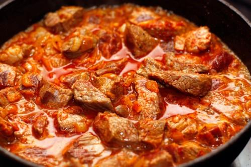 Блюда из свинины в духовке быстро
