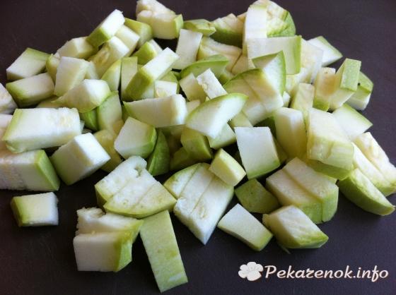 Тушеное мясо с овощами в томате