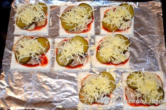 Мини-пиццы с шампиньонами