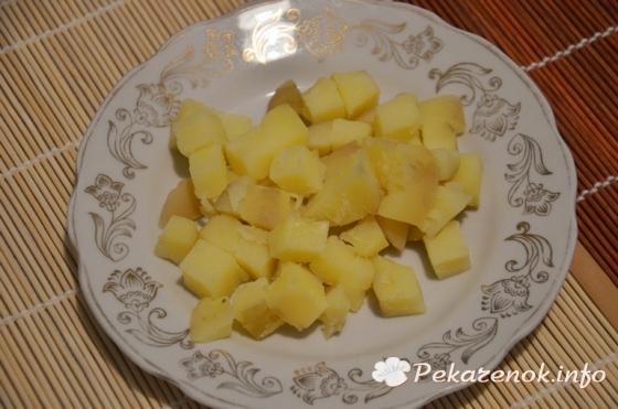Салат с килькой и огурцом