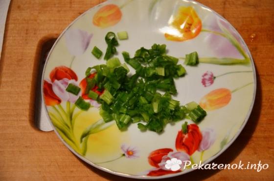 Салат с капустой и оливками