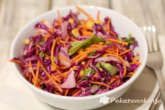Салат из красной капусты с морковью