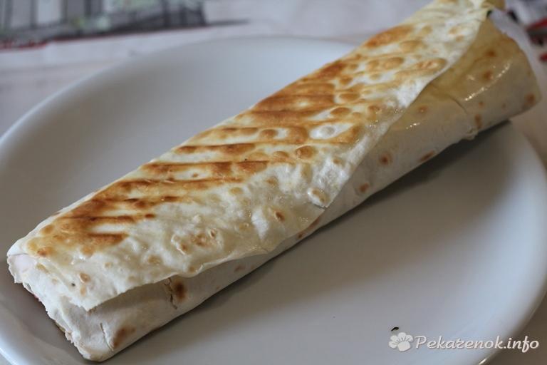 Шаурма с колбасой - пошаговый 14