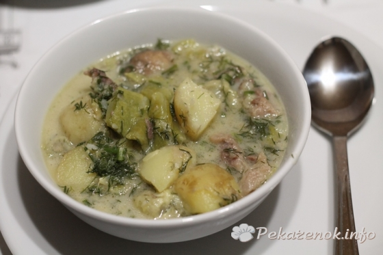 Говядина с овощами в сливочном соусе