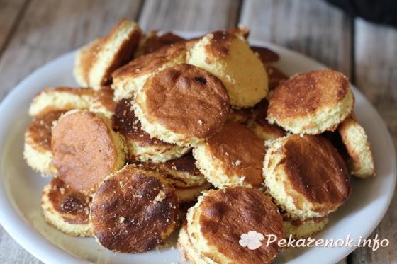 Бисквитное пирожное ежики